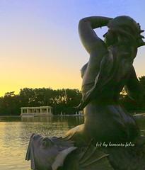 El Retiro- Las Sirenas. Madrid (lameato feliz) Tags: madrid parquedelretiro lassirenas monumento arte