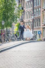 Summer Bride + Groom (farflungistan) Tags: canon7d summer2016 9straatjes 9streets amsterdam holland jordaan nederland netherlands streetphotography