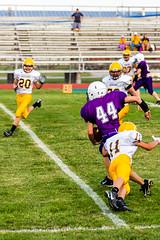 Quick Juke to Avoid (Omni-Photography) Tags: douglass ks middle school football