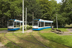 Surinameplein - Amsterdam (Netherlands) (Meteorry) Tags: europe nederland netherlands holland paysbas noordholland amsterdam oudwest surinameplein tram streetcar tramway public transport publique transportencommun transit gvb gvb2018 gvb2045 siemens combino 13g grass pelouse terminus cornelislelylaan lelylaan square plantsoen bollenveld august 2016 meteorry