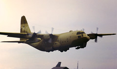 """"""".....and this is my friend Sandy"""" (crusader752) Tags: usaf usairforce 435thtaw lockheed c130e hercules 637885 rafmildenhall sandcamo airfete 1983 tacticaldemo aircraft turboprop transport herc fatalbert roundthehorn"""