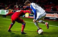 FC Copenhagen - Thomas Kristensen (Henrik Thorn) Tags: soccer fck kamp dribble fodbold parken euroleague fckøbenhavn fccopenhagen finte fodboldspiller nærkamp