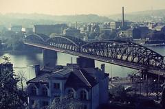 PRAHA Oct. 1970 pic59 (streamer020nl) Tags: bridge river prague prag praha most 1970 czechoslovakia railwaybridge vysehrad moldau cssr vlatava zeleznicni zeleznicnimost