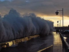 Storm Waves Kirkcaldy Esplanade 15/12/12 wall _6729 (gentoo2) Tags: storm waves flood fife esplanade promenade kirkcaldy