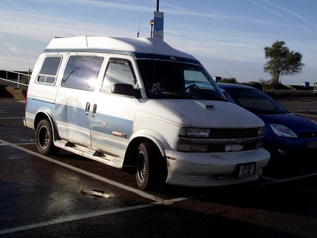 auto car xt safari gmc