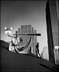 Halsman, Philippe (1906-1979) - 1953 Dali Costume Design with Jane Halsman on Roof of Rockefeller Center, NYC (RasMarley) Tags: newyorkcity newyork photographer american 1950s dali 20thcentury latvian 1953 halsman costumedesign philippehalsman rockefellercentr