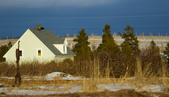 Ste-Thrse en Gaspsie (Danny VB) Tags: christmas old winter house snow canada tree water beautiful landscape eau quebec drink hiver noel neige paysage maison arbre gaspesie vieux 2012 vieille gaspe saison puit gasp sttherese stetherese seaon dannyvb