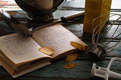 Segreti di famiglia (b) (Luiz L.) Tags: wood notebook recipes gastronomy kitchenaid luizlaercio luizl