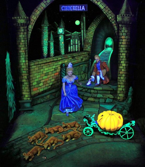 Rock City's Fairyland Caverns: Cindarella