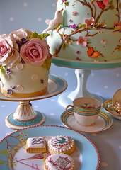 'Love is in the air' (nice icing) Tags: pink blue wedding roses bird cookies cake vintage aqua purple blossom dove romance pearls icing teacup
