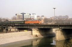 DF4B 2278  Peking  19.03.94 (w. + h. brutzer) Tags: china analog train nikon eisenbahn railway zug trains locomotive cr peking lokomotive diesellok eisenbahnen df4 df4b dieselloks webru