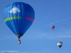 les ballons de Chteau d'Oex (sylvie.rochas) Tags: mountains alps montagne alpes switzerland suisse swiss ballons hotairballoons montgolfires chteaudoex alpessuisses canoneos600d ballonsairchaud balloonsmeeting chteaudoex2013