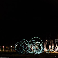 Probando esto del lightpainting... (Perluti) Tags: light lightpainting luz night noche nikon flickr euskadi vitoria gasteiz araba vitoriagasteiz argia lava gaua d3000 perluti mikelaguirre