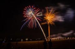 Fireworks on the beach (ByteForByte) Tags: nya ny newyorkcity newyork brooklyn summer beach fireworks