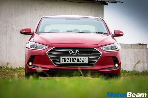 2016-Hyundai-Elantra-18