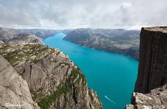 IMG_1647 (-Ruckmann-) Tags: norway mountains fjords lysefjord sea seashore cliffs stones preikestolen pulpitrock hyvlatonn rogaland vestlandet nature landscape summer canoneos6d