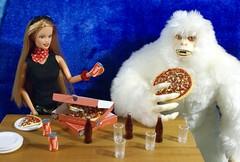 Dsc021011 (GreenWorldMiniatures) Tags: handmade 16 playscale miniature food polymerclay greenworldminiatures barbie gijoe pizza yeti