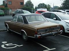 Ford Taunus P7b 20M XL V6 Pézenas (34 Hérault) 14-09-16c (mugicalin) Tags: germancar classiccar ford fordtaunus fordtaunus20m ford20m 20m fujifilm fujifilmfinepix fujifilmfinepixs1 s1 finepixs1 fordtaunusp7 fordp7 3907 backcar 34 browncar brown 2016