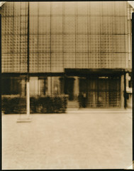 maison de verre. (csant) Tags: blackandwhite bw paris film architecture 8x10 lith largeformat lithprint verito fomapan100 wollensak fomapan deardorff tanol chareau maisondeverre fomatonemgclassic deardorff8x10 moerschphotochemie tanol11100 wollensakverito