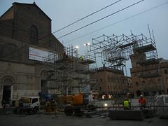 DSCN4360 _ Basilica di San Petronio and Piazza Maggiore, Bologna, 18 October (Matthew Felix Sun) Tags: basilica piazza maggiore piazzamaggiore sanpetronio basilicadisanpetronio
