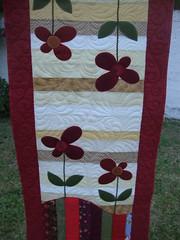 Trilho.... (EVANISE (DIDY)) Tags: flores quilt patchwork mesa tecido trilho