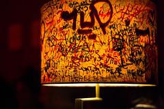 at kingsize (Winfried Veil) Tags: leica berlin lamp bar club germany deutschland 50mm graffiti veil rangefinder allemagne kingsize asph winfried 2012 m9 lampenschirm messsucher leicam9 schwarzzublau winfriedveil