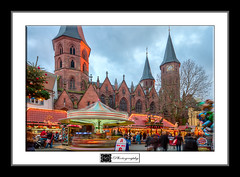 Kaiserslautern Christmas Market (MLechuga Photography) Tags: world life street new old city travel blue trees light boy sunset red portrait sky people blackandwhite bw italy music orange usa sun white mountain lake snow man black mountains flower macro tree green london art fall cars nature colors girl rock architecture night clouds digital forest canon reflections germany landscape photography eos is photo dof action bokeh eu sigma wideangle chrome 7d summertime usm dslr canoneos hdr kaiserslautern intheair 2012 2011 eos7d canoneos7d monsieuri