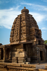 Pattadakal #2 - Galaganatha Temple (c. 750 CE) (:: p r a s h a n t h ::) Tags: unescoworldheritagesite unesco 2012 hindutemple ancienttemples pattadakal southindiantemples templearchitecture chalukyadynasty nagarastyletemple medievaltemplearchitecture rekhanagarastyletemple galaganathatemple