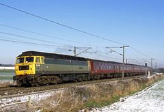 47851 Traction Magazine Eaton Lane 1Z47 0752 Darlington - Kings Cross 04-03-2006 (Wilbert B) Tags: snow green magazine 1 br traction duff 47851 z47 eatonlane