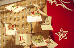(The - Unicorn) Tags: christmas paris noel marchdenol kirigami avenuedeschampslyses leschamps    leschampslyses