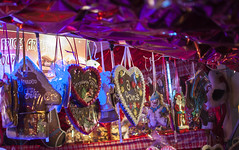 (The - Unicorn) Tags: christmas paris gingerbread noel marchdenol avenuedeschampslyses leschamps   leschampslyses