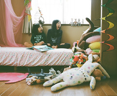 avalanche (Toyokazu) Tags: life family girl kids doll day child room avalanche pentax67