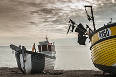 The baby fishing boat (Explore) (simon.anderson) Tags: beach boats sussex cabin explore hastings fishingboats trawlers explored simonanderson hoyapolariser nikon1685 nikond300s