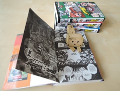 Happy reading!! Danbo ! (Damien Saint-) Tags: toy amazon vinyl yotsuba danbo amazoncojp revoltech danboard