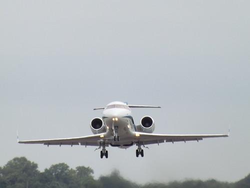 G-RCAV Bombardier Canadair Challenger 604 Gama Aviation Ltd