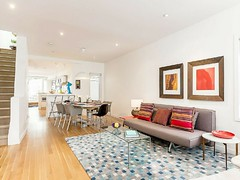 Family-friendly living in Toronto (clanventure) Tags: toronto familyfriendly vacation rental