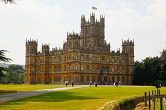 Highclere Castle, UK (DaveStrong) Tags: canon 5d 5dmarkii 5dii 5d2 5dmark2 uk united kingdom summer castle house mansion downton abbey highclere hampshere hdr sun walk