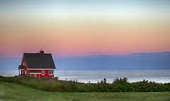 Red Everywhere (Danny VB) Tags: red dreamhouse gaspésie québec canada summer canon 6d sunset clouds house ocean