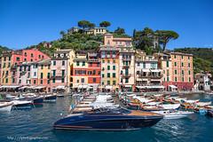 portofino (ylemort) Tags: portofino italia liguria see boat canon 5d mkii bleu sky summer