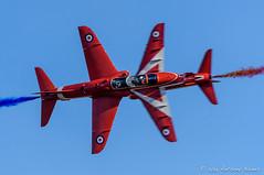 Red Arrows opposition pass (DrAnthony88) Tags: bluesky hawkt1 iwmduxford modernmilitary nikkor200400f4gvrii nikond810 redarrows royalairforce unitedkingdom aircraft airshow british raf