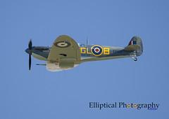 Spitfire Mk.Vb EP122 (Elliptical Photography) Tags: spitfire supermarine mkvb duxford aircraft airshow airworthy aviation flying flight fighter imperialwarmuseum iwm