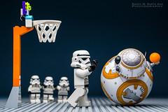 BB-8 : A Worthy Opponent! (Randy Santa-Ana) Tags: bb8 spherobb8 sphero starwars theforceawakens lego legostarwars legominifigures legostormtroopers basketball oneonone