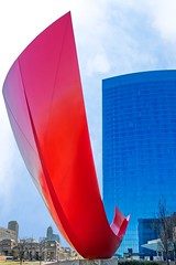 Indiana Cardinal (Alan Amati) Tags: amati alanamati america usa us in indiana indianapolis indy art publicart sculpture cardinal marriott plaza jeff jefflaramore laramore artistic midwest