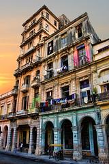 Decrepit but Magnificent - Paseo del Prado - La Habana - Cuba (D. Pacheu) Tags: la havane habana cuba passeo del pardo immeuble building decrepit delabr sunrise pacheu