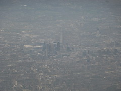 201212009 BA903 FRA-LHR London (taigatrommelchen) Tags: 20121249 uk london cityoflondon cityofwestminster boroughofsouthwark aerial view photo icon city building river thames airplane inflight baw