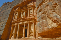Petra Trasury (Sander Klaassen) Tags: petra treasury jordan worldwonder