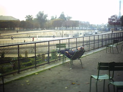 autumn 2012//chillax (View Asskew) Tags: winter paris france exploration jalanjalan neingrenze winter2012 adrisnaps adrianayue