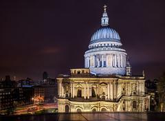 London - Illumination (Nomadic Vision Photography) Tags: winter england london architecture unitedkingdom stpaulscathedral sirchristopherwren jonreid londonattractions englishbaroque tinareid nomadicvisioncom londonpointofinterest