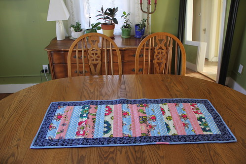 Scrap Table Runner and napkin set_5518