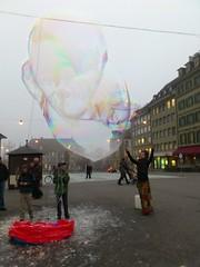 Bern Cory Giant Bubble